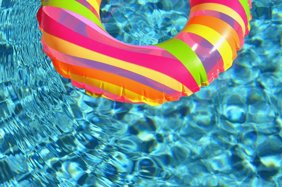 Your Clean Pool Water: The effect of pH on hypochlorous acid (HOCL ...